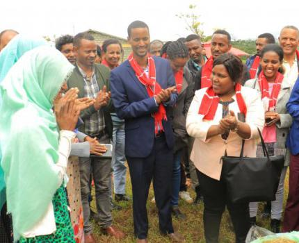 State Minister Visits YES Center in Yem