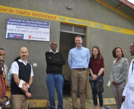 Australian Ambassador Commends Save the Children Project in Gondar