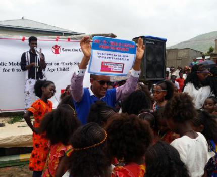 Save the Children Organizes Market Day Campaign on Early Stimulation